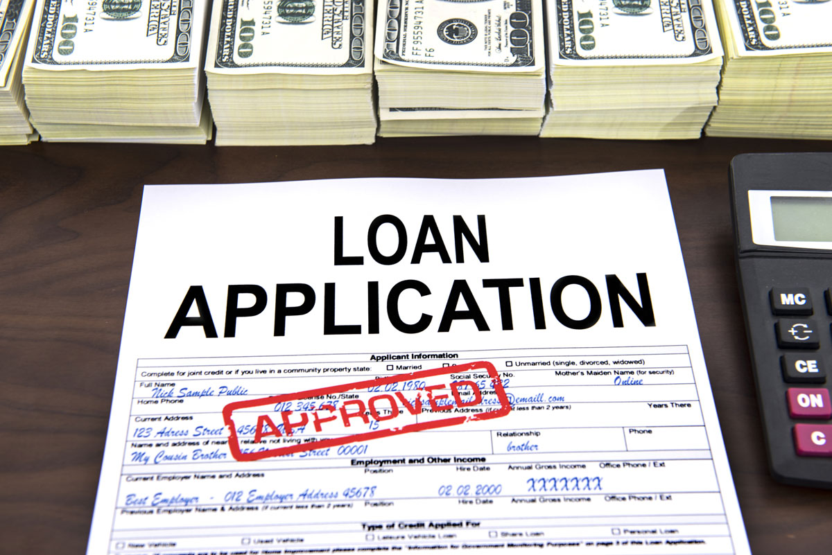 Read more about the article Do lenders look at Equifax or TransUnion?