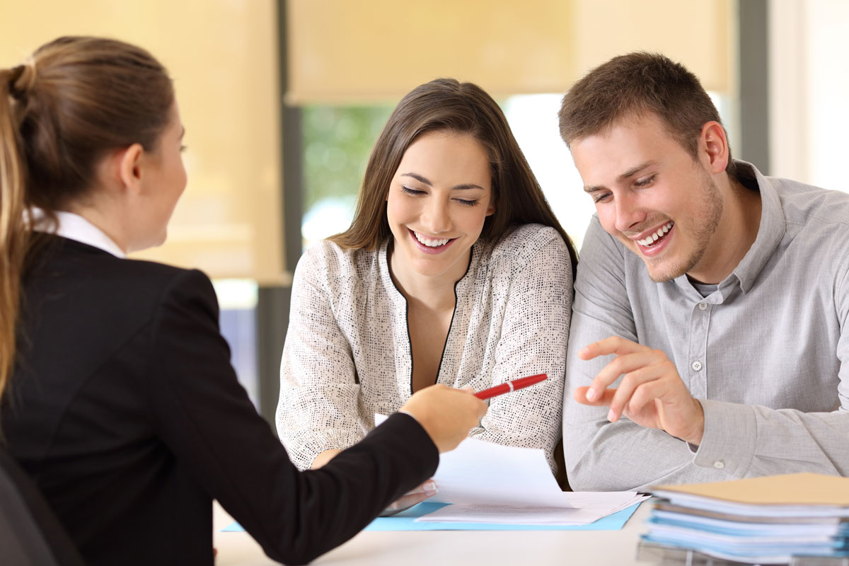 How do Loan Officers Get Paid?
