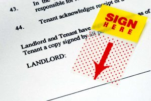 Read more about the article What Does an NNN Lease Mean?